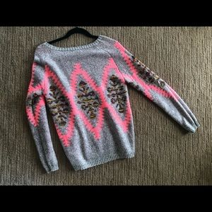Sweater size S / M